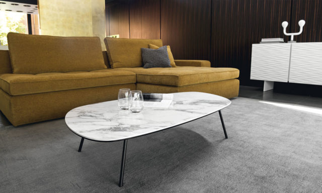 Table basse complexe céramique-verre marbre blanc / Métal gris opaque - Tweet de Calligaris