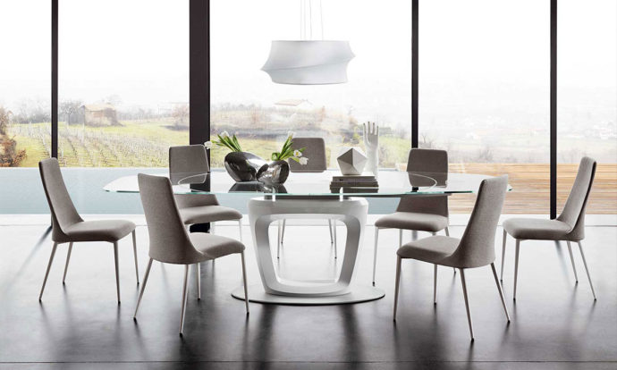 Table repas transparent / Laqué blanc optique brillant - Orbital de Calligaris