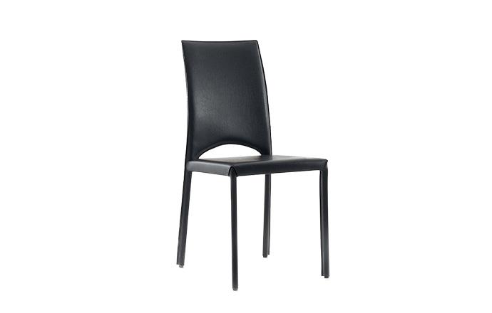 Chaise cuir MARY de chez COMPAR - Noir
