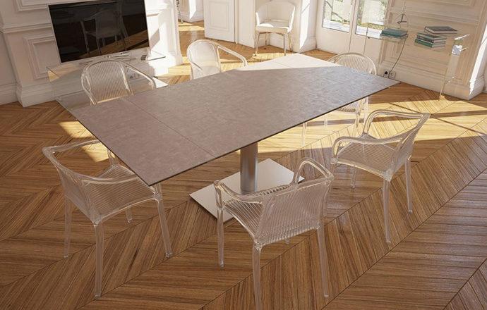 Table de repas extensible céramique argile PANAMA de chez Akante - ouverte