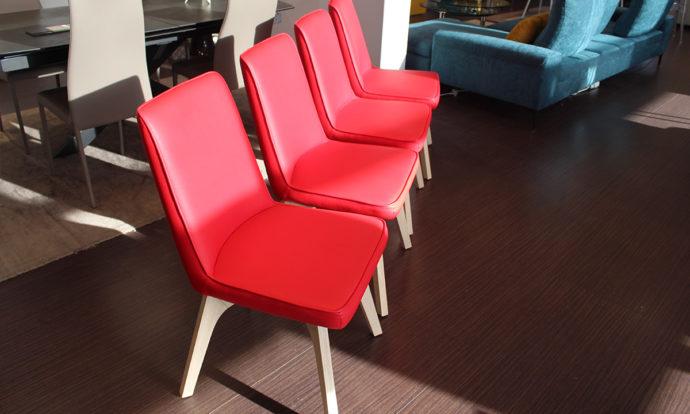 Chaise ecopelle rouge TRIESTE - Montévrain (77140)