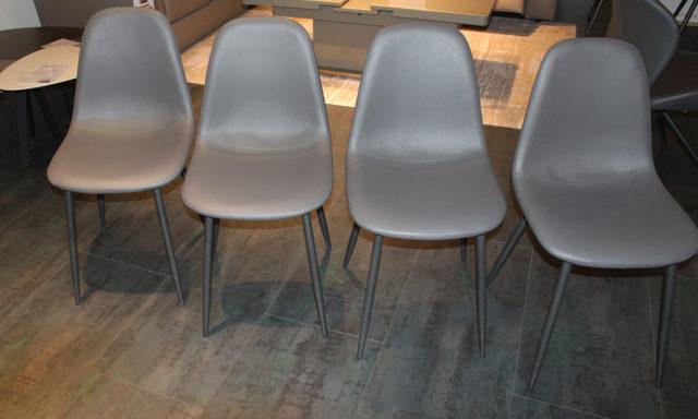 Chaise grise JULIA - Vélizy (78140)