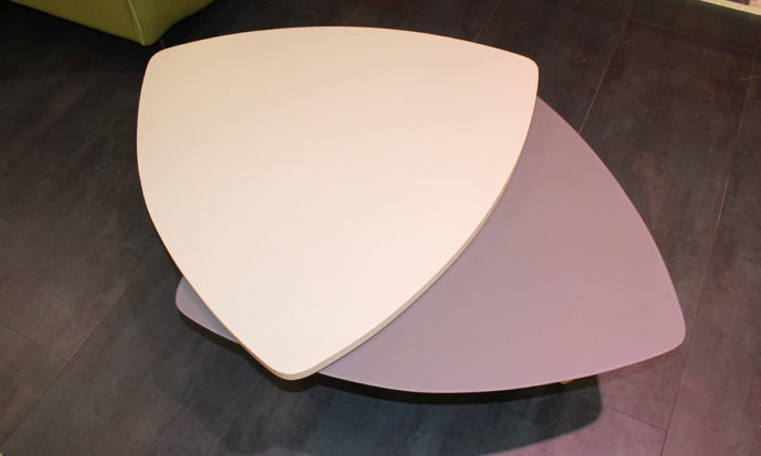 Table basse triangulaire amovible RAVENNE - Ste Geneviève-des-Bois (91700)