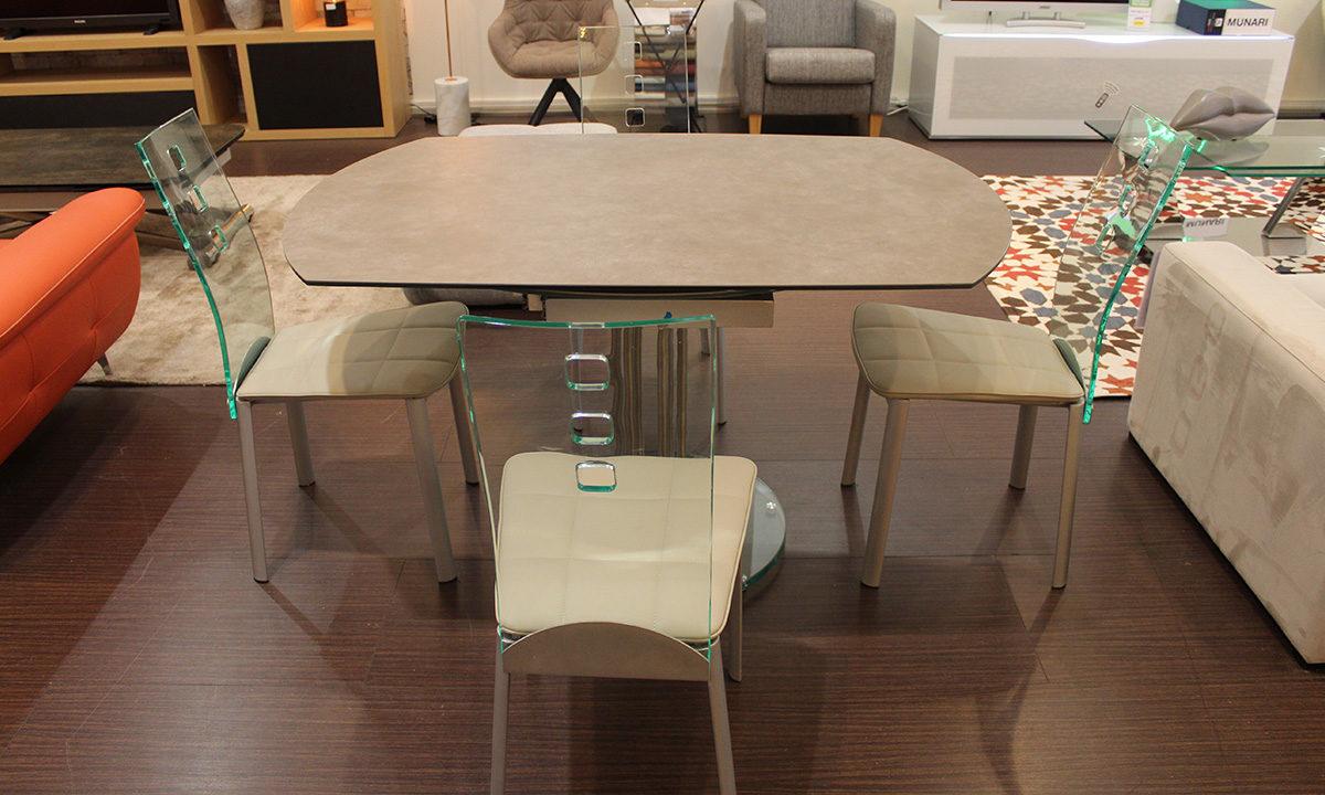 TABLE DE REPAS CÉRAMIQUE EXTENSIBLE RONDE + 4 CHAISES // PÉROUSE 1