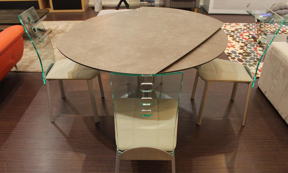 TABLE DE REPAS CÉRAMIQUE EXTENSIBLE RONDE + 4 CHAISES // PÉROUSE 3
