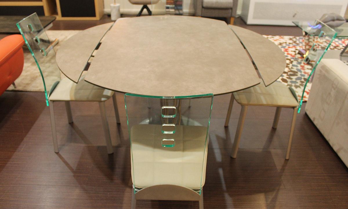 TABLE DE REPAS CÉRAMIQUE EXTENSIBLE RONDE + 4 CHAISES // PÉROUSE 4