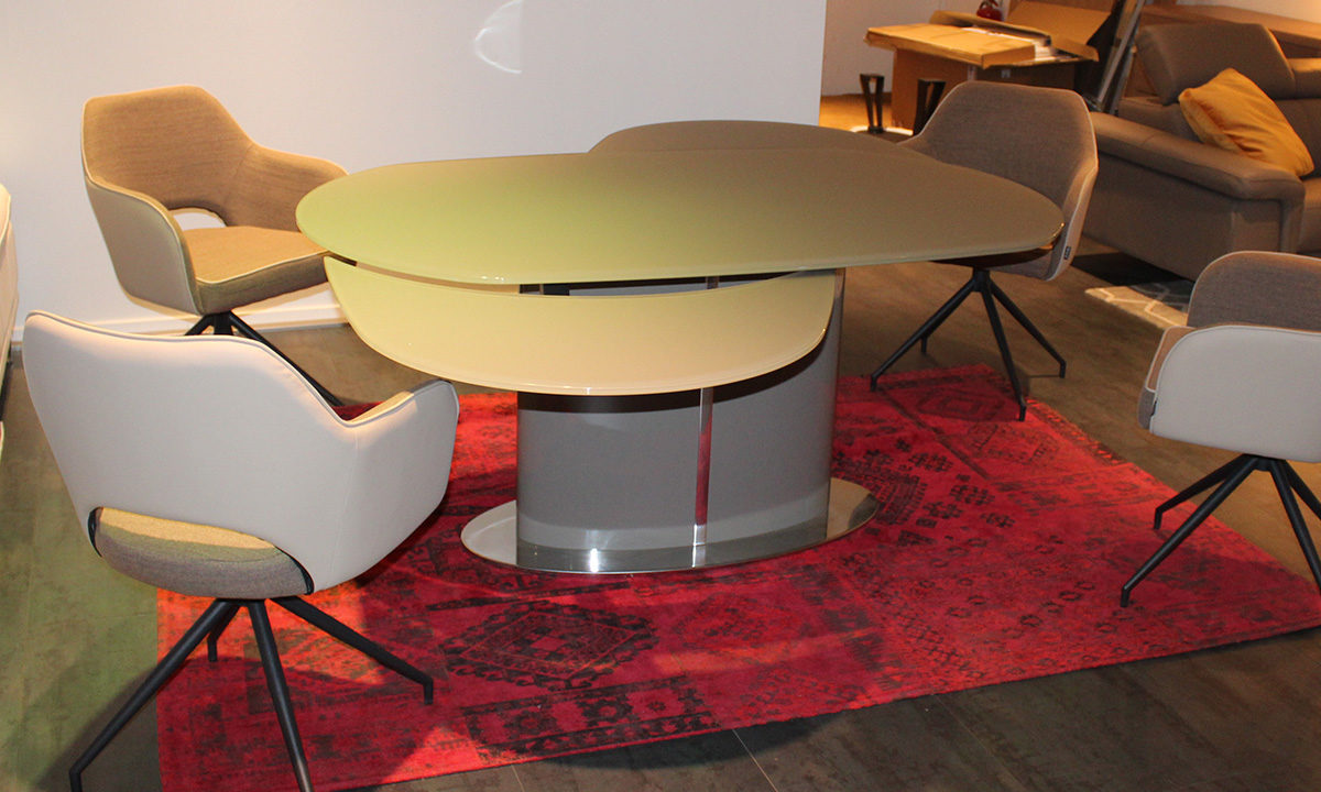 TABLE DE REPAS EXTENSIBLE EN VERRE // PISE 2