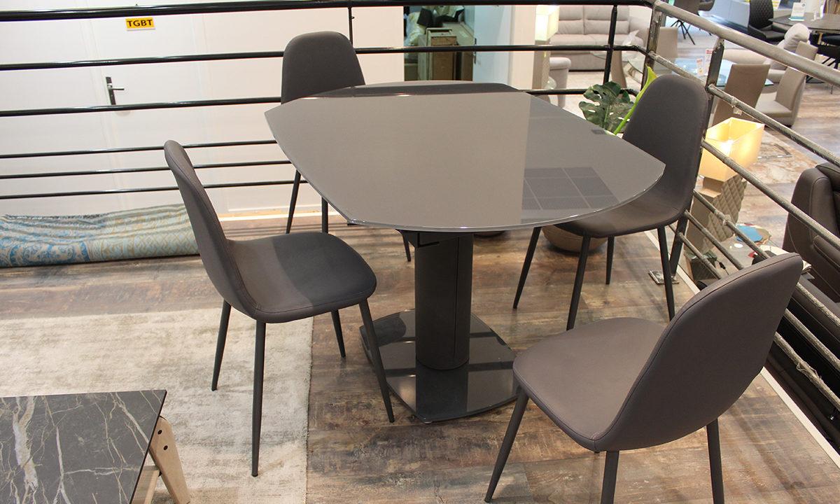 TABLE DE REPAS EXTENSIBLE EN VERRE + 4 CHAISES // LONDON 1
