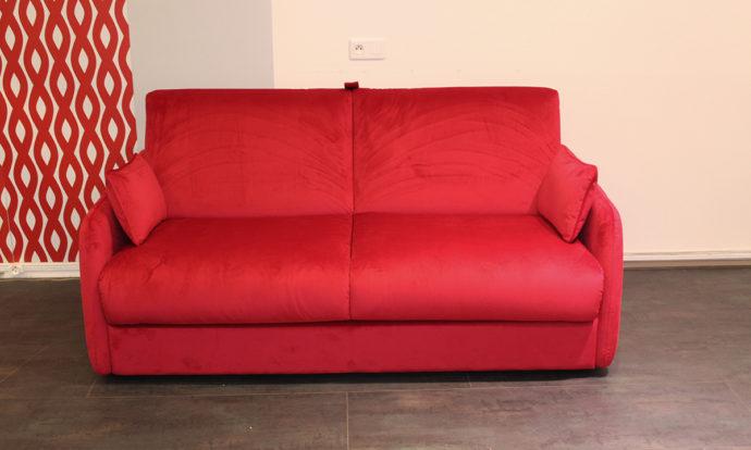 Canapé convertible rouge // CORIGLIANO