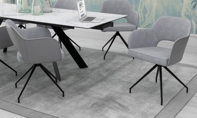 Chaises grises // CHICAGO
